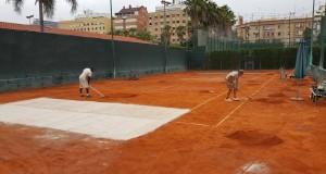 El Club de Tenis Valencia remodela sus pistas para la nueva temporada y el BBVA Open Ciudad de Valencia