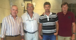 Miguel Díaz y Javier Soler, director deportivo de la RFET, visitan la Academia Equelite JC Ferrero