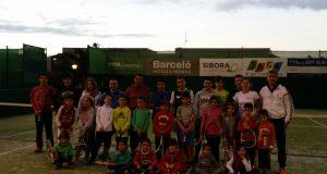 La imagen del día: Arabela Fernández, clinic en el Club de Tenis Sibora