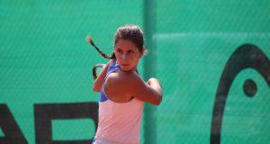 La imagen del jueves: Eva Guerrero sigue imbatible en la Academia Equelite JC Ferrero